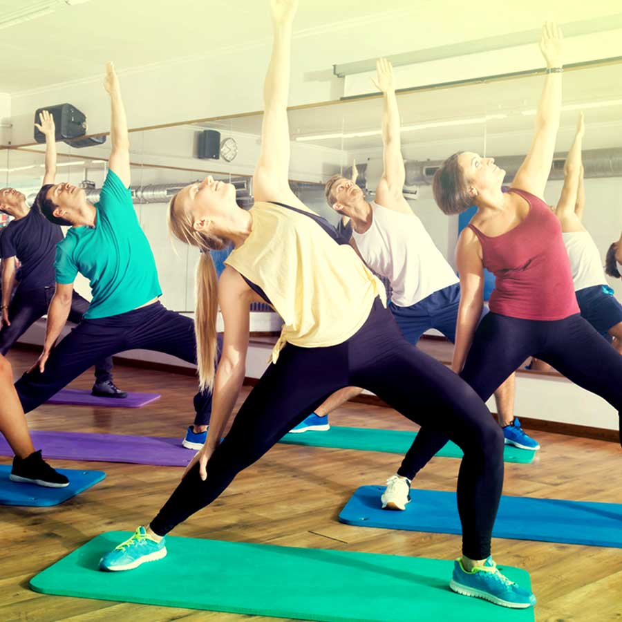 yoga styrke armer